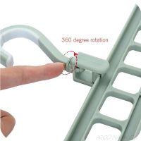 Вешалка-органайзер для экономии места в шкафу Rotate Anti-skid Folding Hanger