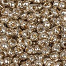 Бисер чешский 18303 светло-золотой непрозрачный металлик Preciosa 1 сорт