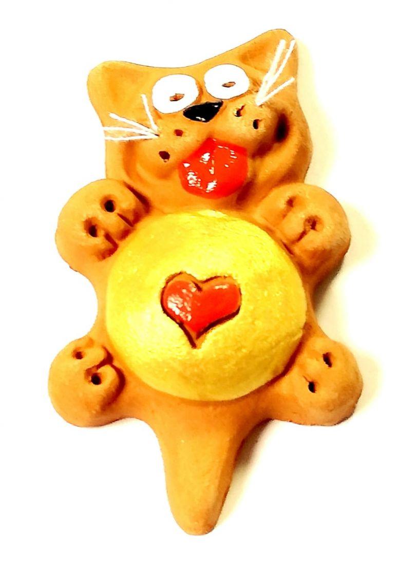 Магнит кошка с сердцем Керамика