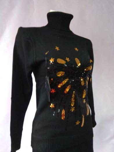 Свитер черный с пайетками в виде каплей