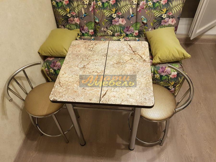 Кухонный гарнитур и мебель для кухни