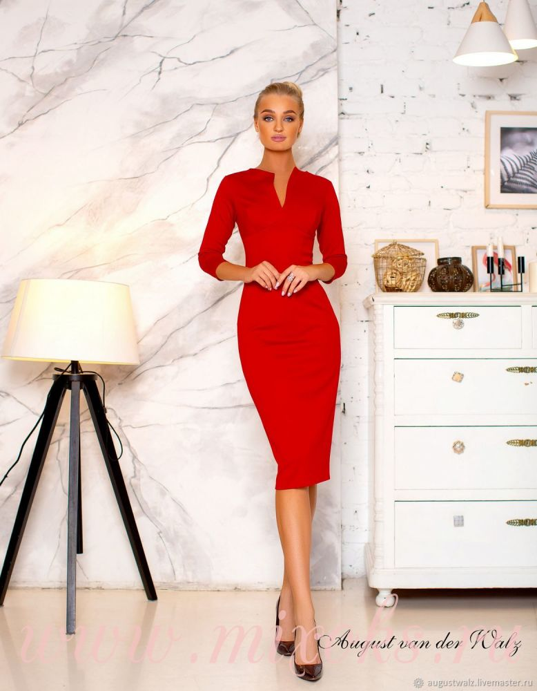 Платье футляр ярко красное