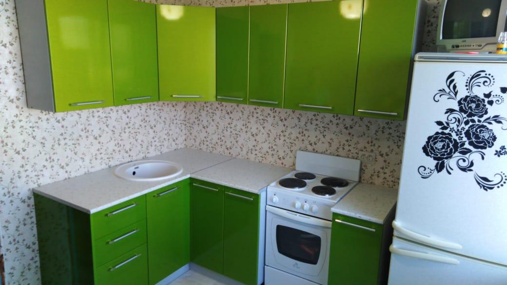 """Кухонный гарнитур """"Олива"""" зелёная"""