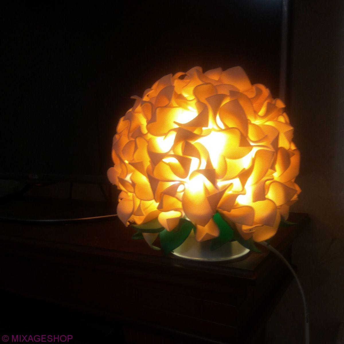 Светильник-ночник гортензия бежевый