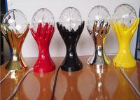 Декоративный LED-светильник Шар В Руках, 18 см (3)