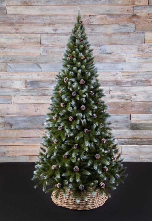 Искусственная елка Женева 260 см c шишками заснеженная