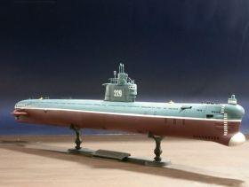 Сборная модель дизель-электрическая подводная лодка 033 «Ухань» 1:144