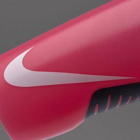 Розовая спортивная бутылка для воды Nike hyperfuel water bottle