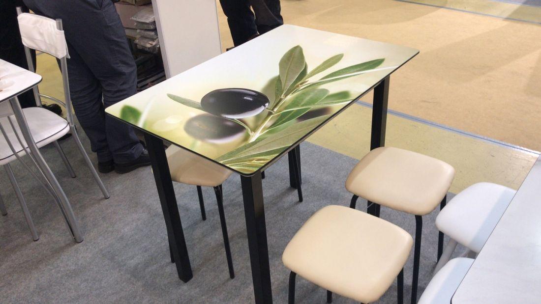 Кухонный стол Олива 1