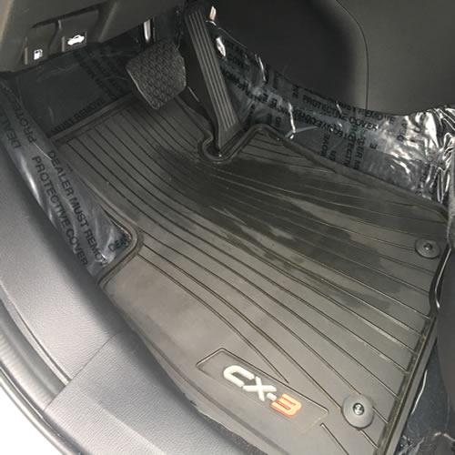 Установка защитной плёнки для ковролина салона авто