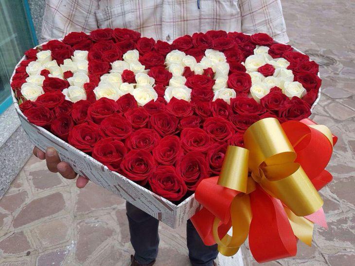 Маме сердце из роз