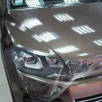 Оклейка кузова авто защитной плёнкой