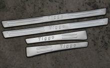 Накладки на пороги с логотипом, сталь, а/м 09-11г.в.