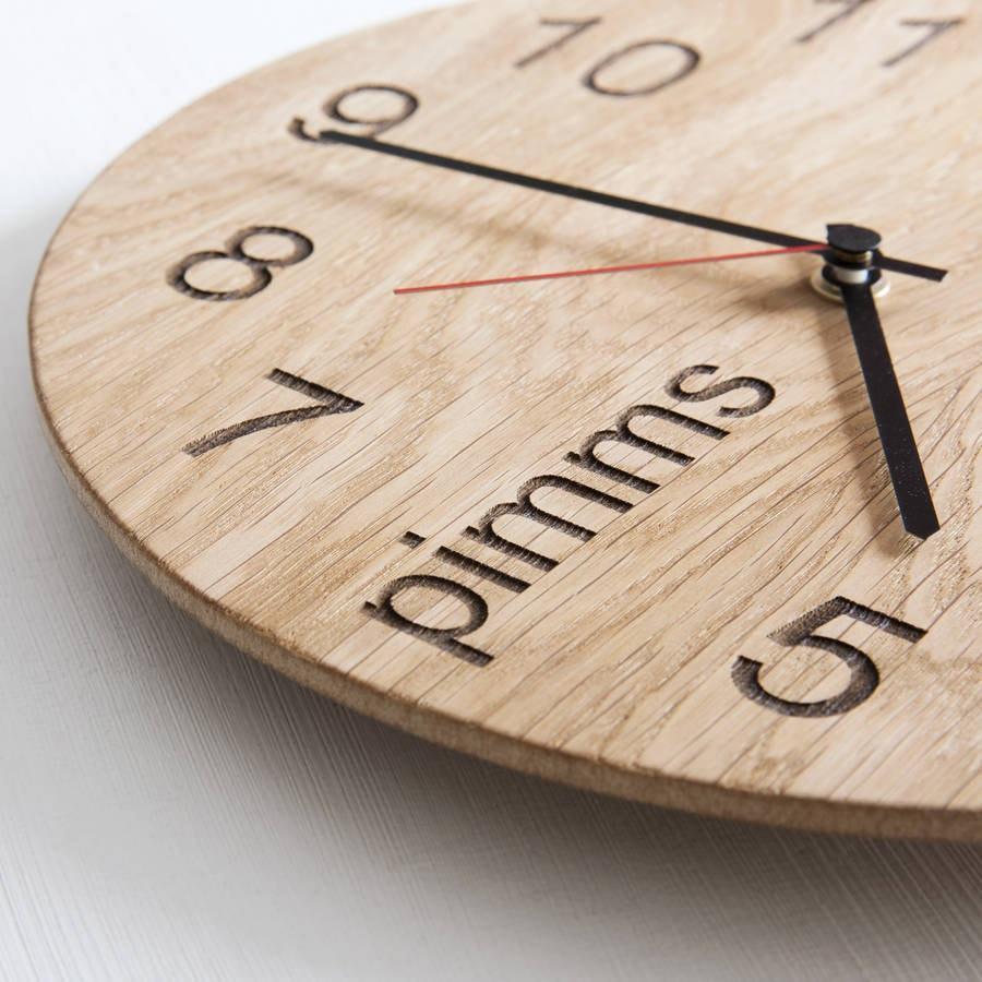 Лазерная гравировка настенных часов