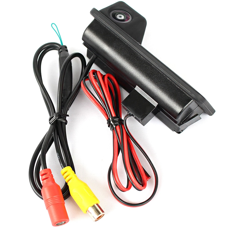 Камера заднего вида Форд Фокус 2 седан в ручку багажника