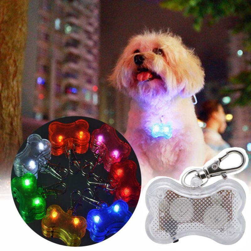 Светодиодный Брелок-адресник с Информационной Наклейкой для Собак Косточка, Цвет Белый