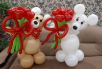 Мишка с букетом из шариков