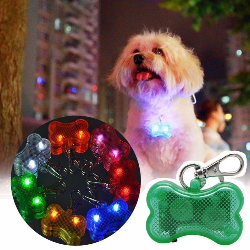 Светодиодный Брелок-адресник с Информационной Наклейкой для Собак Косточка, Цвет Зеленый