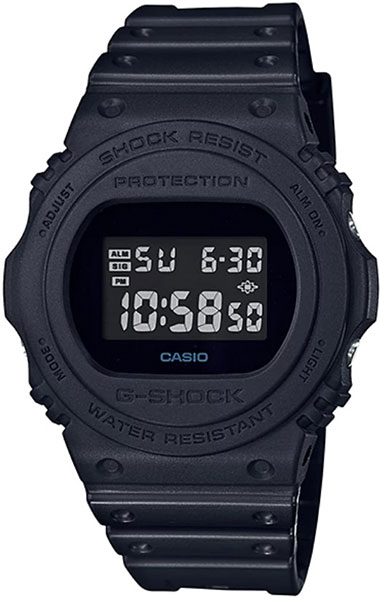 Casio DW-5750E-1B