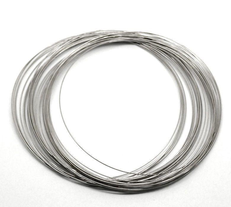 Проволока с эффектом памяти, толщина 0,8 мм, основа для колье (диаметр 10 см), цвет никель, 10 витков/упак