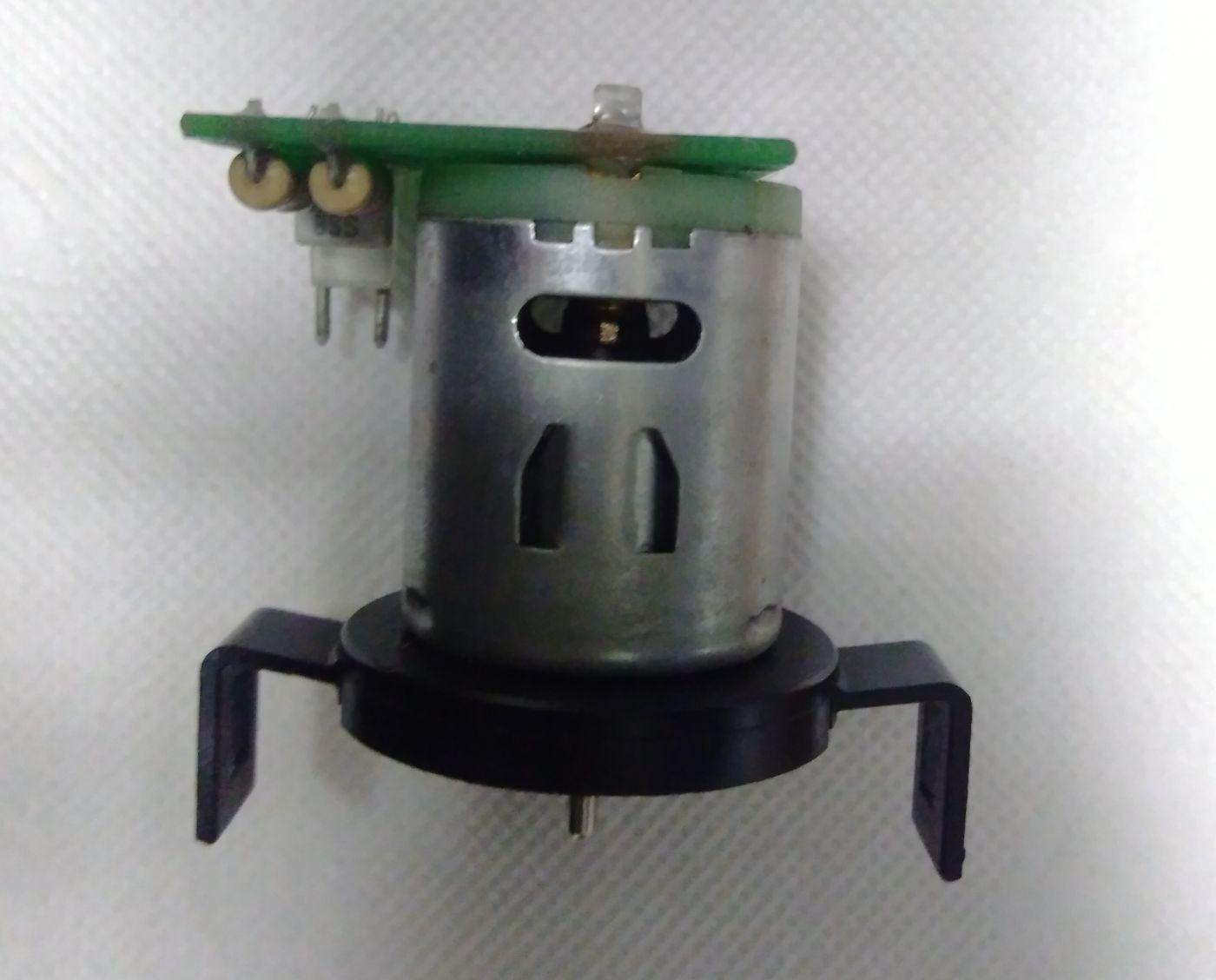 Мотор выдачи стаканов с платой ELT0003137, б/у