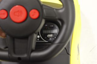 Детская машина-толокар River Toys AUDI JY-Z01A MP3
