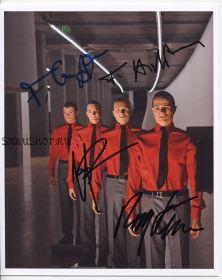 Автографы: Kraftwerk. Ральф Хюттер, Фриц Хильперт, Хенинг Шмиц, Фальк Гриеффенхаген