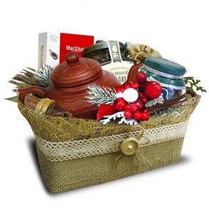 Подарочный набор «Туесок ягодный с глиняным чайником»