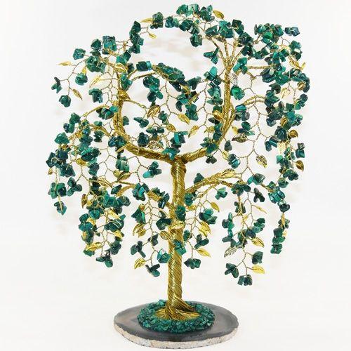 Малахитовое дерево на срезе агата с золотым листом