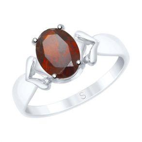Кольцо из серебра с гранатом 92011537 SOKOLOV