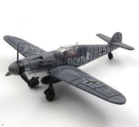 Цветная сборная модель Мессершмитт Bf 109 1:48 Fighter