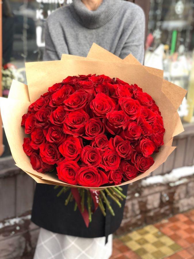 Букет из красных роз (60 см) ЭКВАДОР