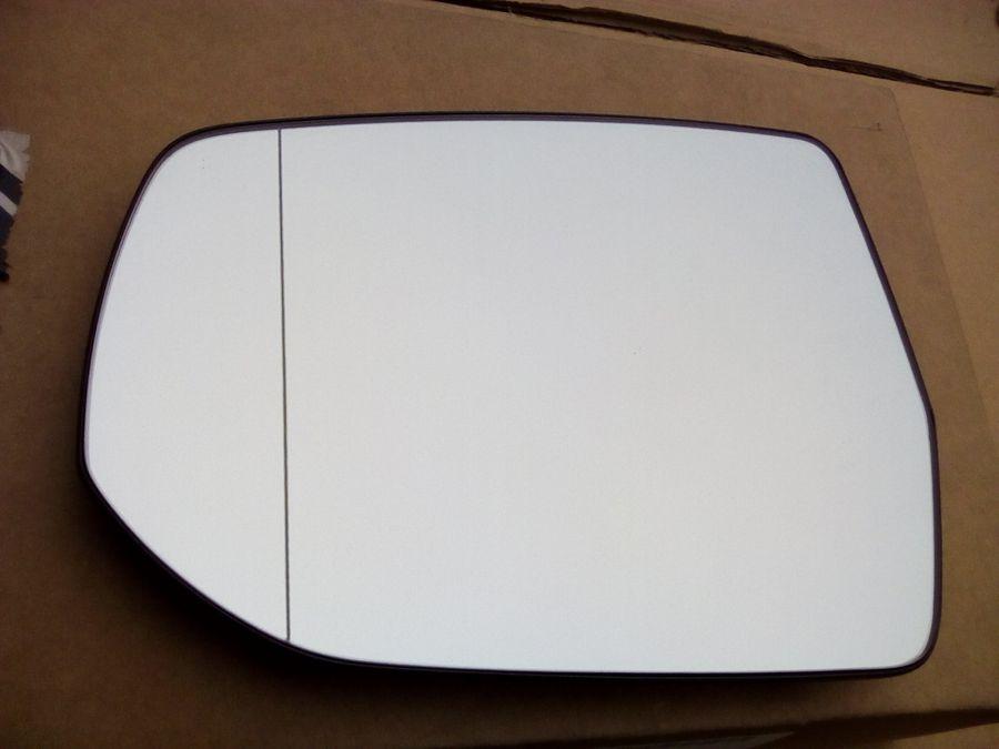 Зеркальный элемент левого зеркала CHEVROLET Malibu 22812173 General Motors