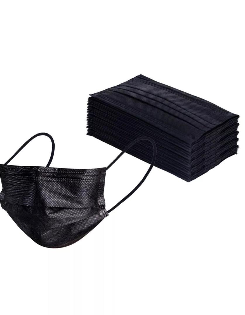 маски набор черные