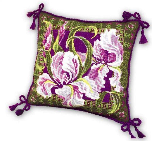 Набор для вышивания крестом Подушка Ирисы №657 фирма Риолис