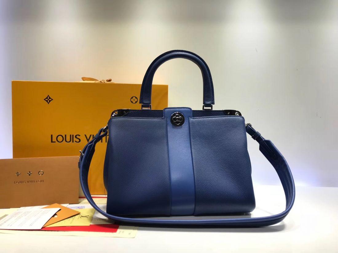Louis Vuitton Astrid