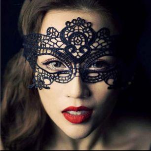маска кружевная модель 1