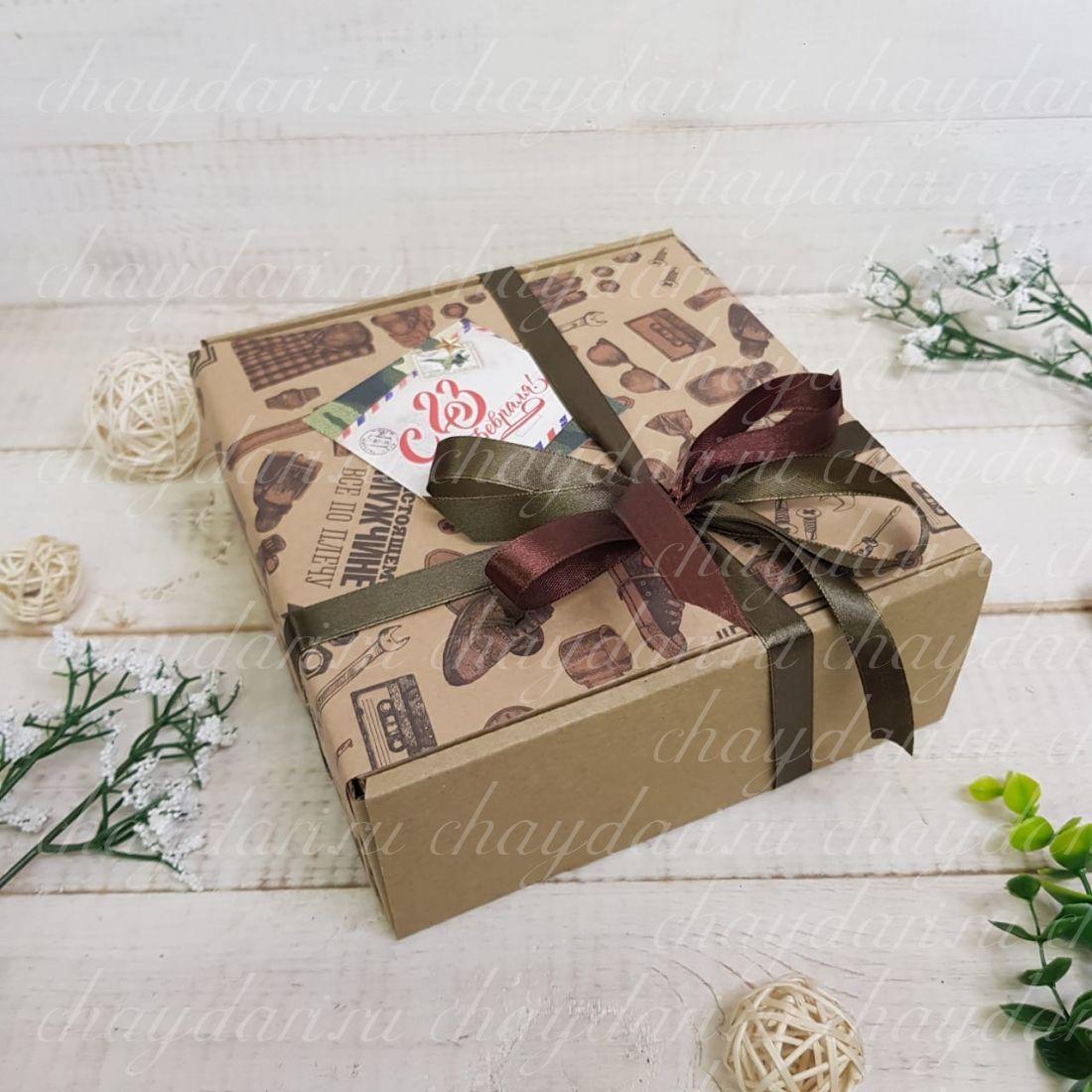 """Коробка с чаем и сладостями """"Настоящий мужчина"""""""