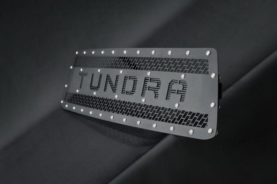 Решетка радиатора BMS Тойота Тундра 2013-2019 V3 надпись ТUNDRA