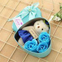 Мыльные розы 3 шт в коробке с мишкой (цвет синий)