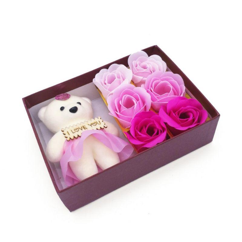 Мыльные розы 6 шт в коробке с мишкой (цвет розовый микс)