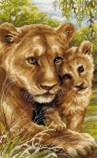 Набор для вышивания крестом Львица с львенком №1262 фирма Риолис