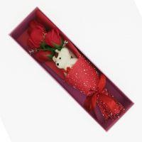 Букет мыльных роз с мишкой в коробке (цвет красный)
