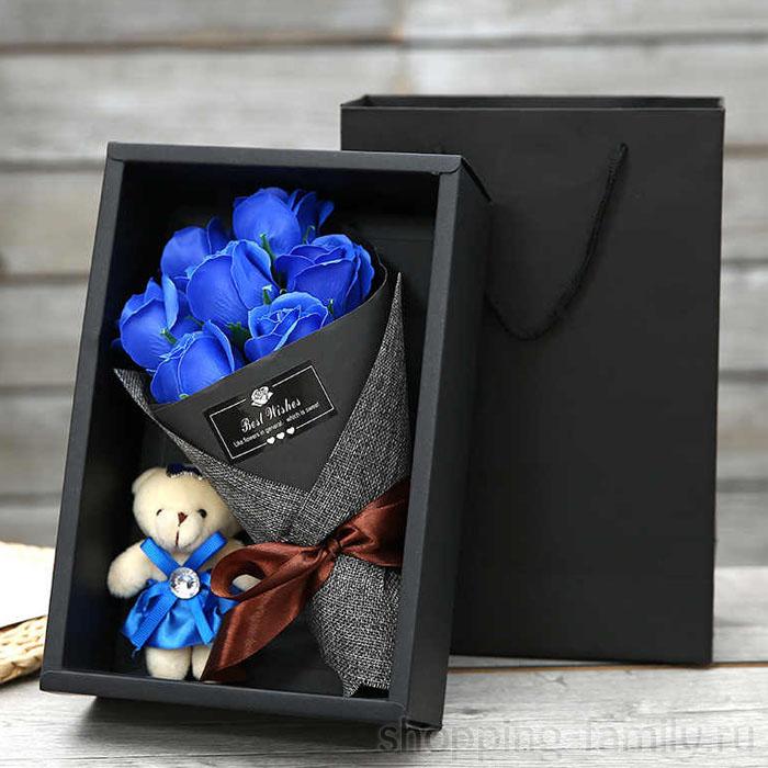 Набор из 7 мыльных роз в коробке с мишкой, Цвет Синий
