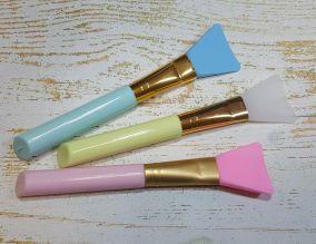 Кисть-лопатка силиконовая для нанесения масок