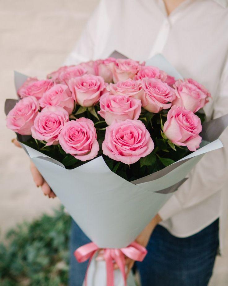 """Букет цветов из 33 роз """"Свит Юник Декор"""""""