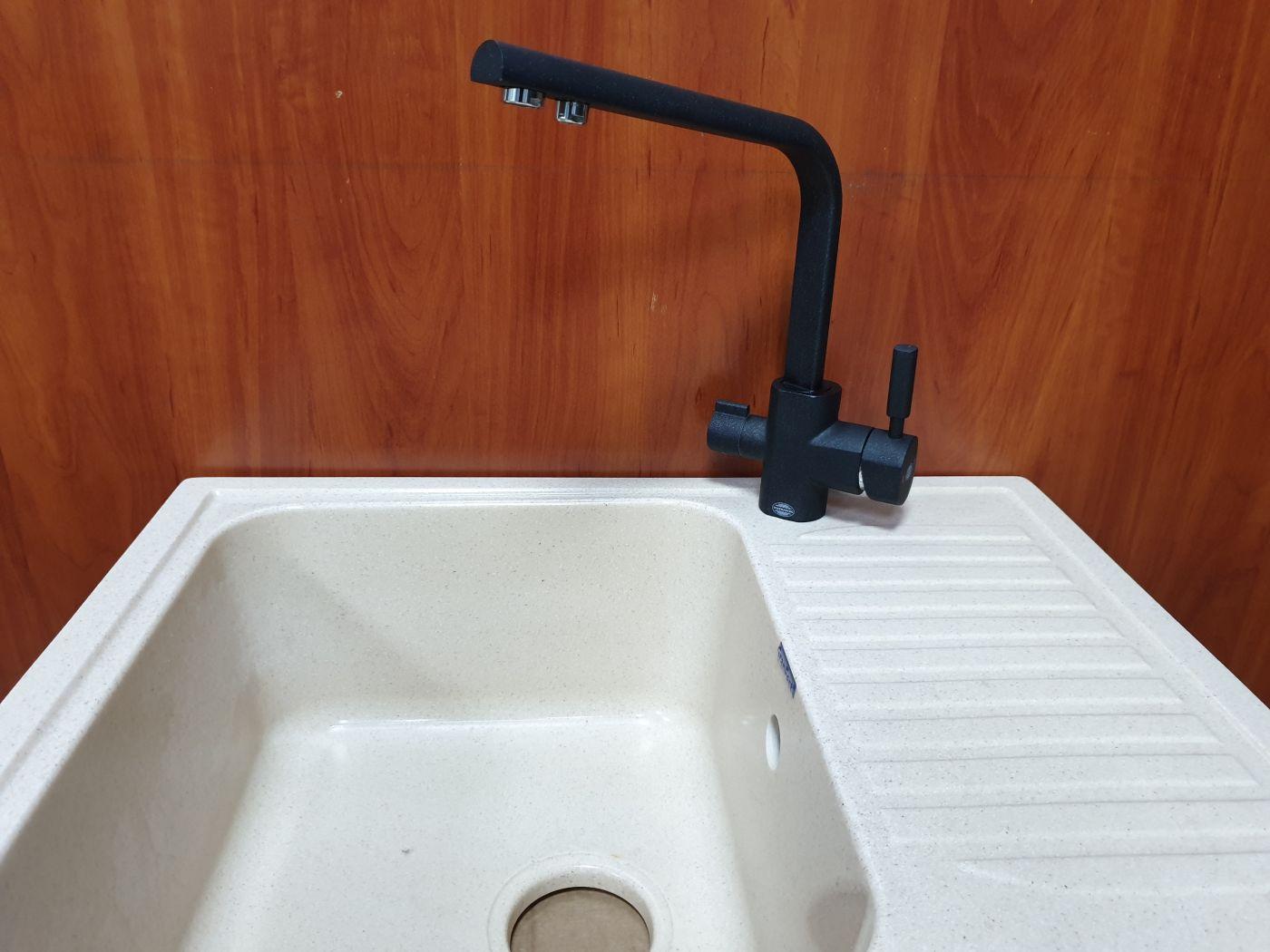 Vaserzberg VS-1905BP Смеситель для кухни с выходом под фильтр