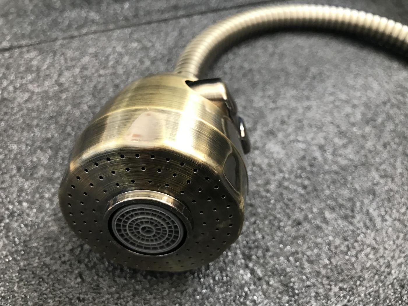 Гибкий излив для смесителя Vaserzberg VS-1BR (бронзовый)