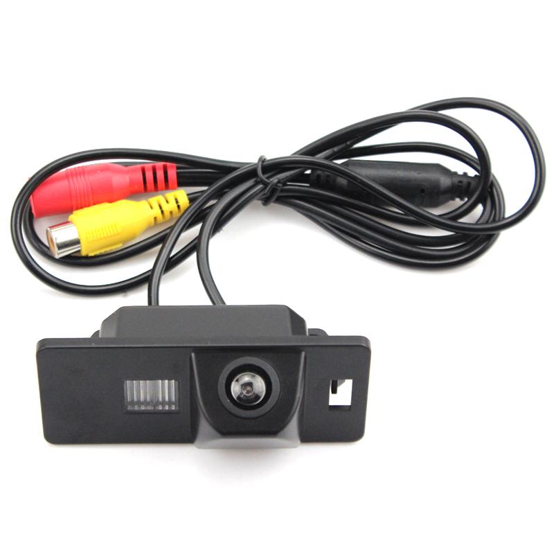 Камера заднего вида Volkswagen Touareg (2010-2019)