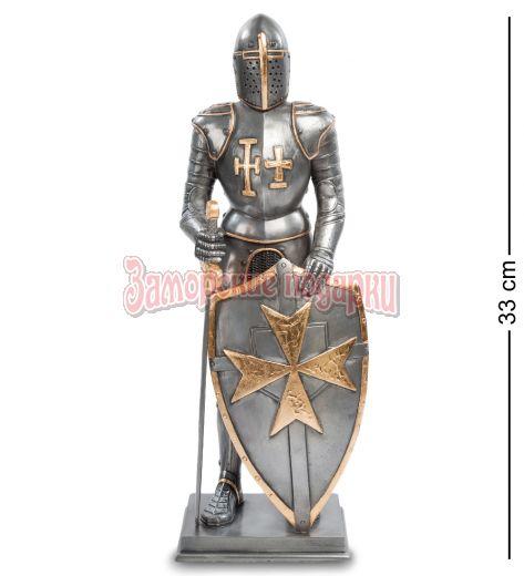"""WS- 95 Статуэтка """"Рыцарь с мальтийским крестом на щите"""""""